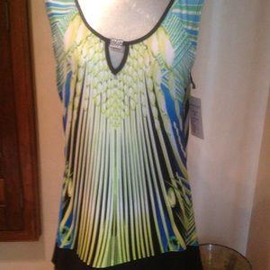 NWT sleeveless print top
